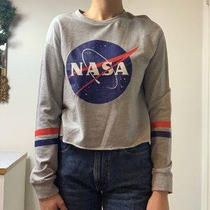 Grey cropped nasa shirt with stripes